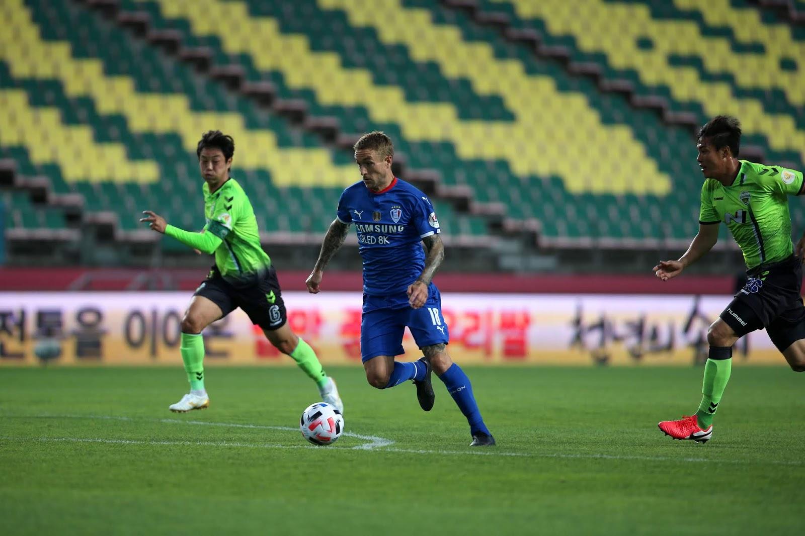Adam Taggart, Suwon Bluewings, Suwon Samsung Bluewings