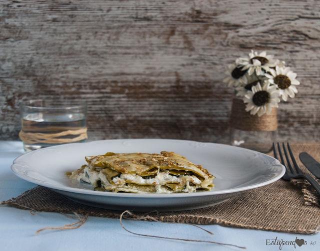 lasaña-de-espinacas-con-calabacin-y-sesamo