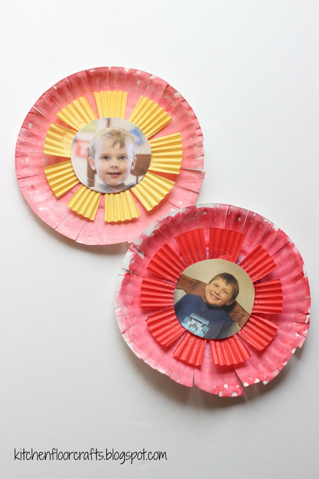 Next use the tape to attach one straw to the back of each paper plate flower. We found our colorful straws in the party section.  sc 1 st  Kitchen Floor Crafts - Blogger & Kitchen Floor Crafts: Photograph Paper Plate Flowers