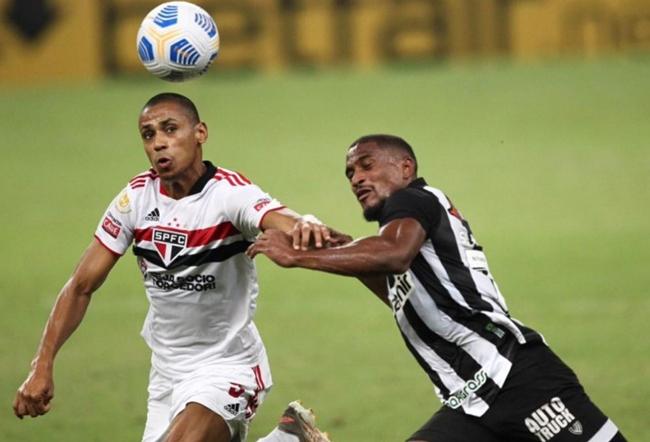 Ceará faz gol contra e cede empate ao São Paulo