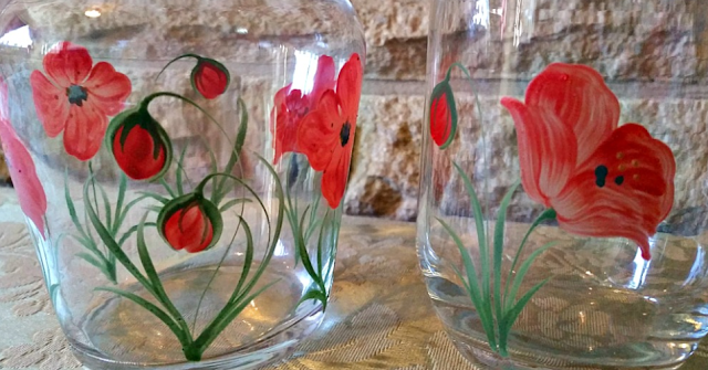 A close up off the poppy design on the Hand Painted Carafe Set