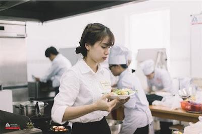 Nhóm phó bổ khuyết (Demi - Chef de Rang)