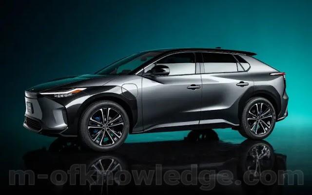 سيارة كهربائية جديد من تويوتا Toyota تحت طيراز BZ4X تمثل المفهوم الجديد للسيارات العاملة بالبطارية