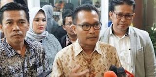 Syahganda Nainggolan Ditangkap Polisi, Iwan Sumule Marah: Bebaskan Seluruh Aktivis!