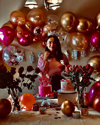 Yumna Zaidi Awesome Picture from Birthday Celebration