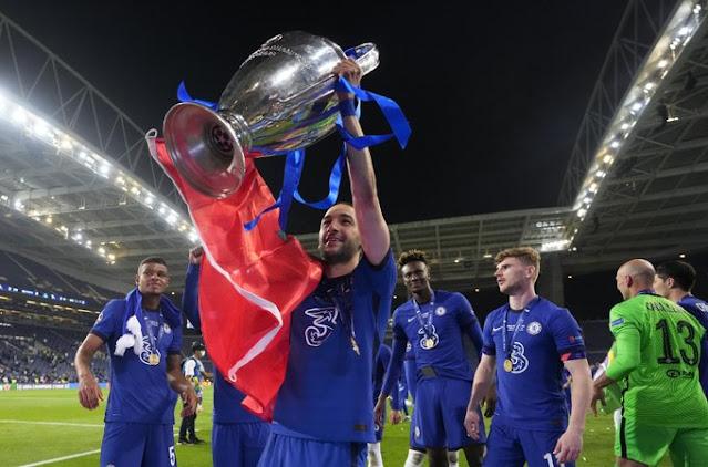 زياش يحتفل بلقب دورى أبطال أوروبا 2021