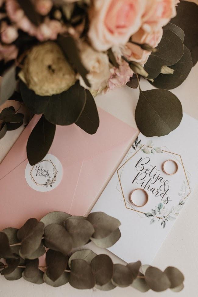 kāzu ielūgumi, dāvanas kāzām, dāvanas vecākiem, kāzu muzikanti, precos, kāzu avīze