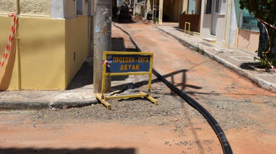 ΕΡΓΑ αντικατάστασης δικτύου ύδρευσης σε οδούς στο κέντρο της Καλαμάτας