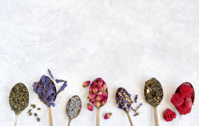 Nguồn gốc và công dụng của những lá trà