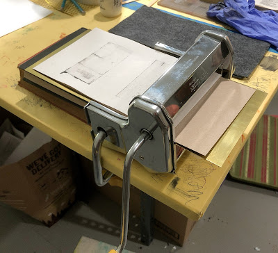 Pasta machine with improvised bed for printing