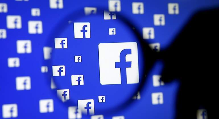 Crece la presión contra el cifrado de datos de Facebook / REUTERS