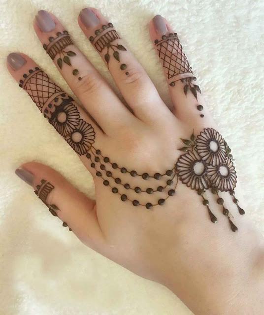 Beautiful simple mehndi design ideas