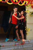 Vasthunadu Movie Stills-thumbnail-10