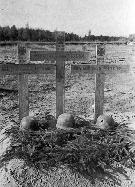 German graves of men KIA 24 August 1941 worldwartwo.filminspector.com