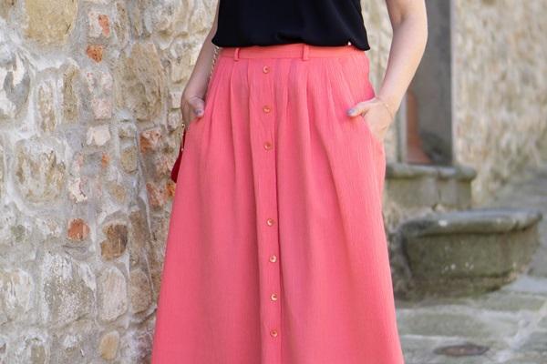 monabyfashion_6_pink_skirt.jpg