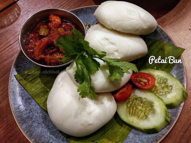 Variasi Makanan Di Luckin Kopi Jalan Panggong Kuala Lumpur