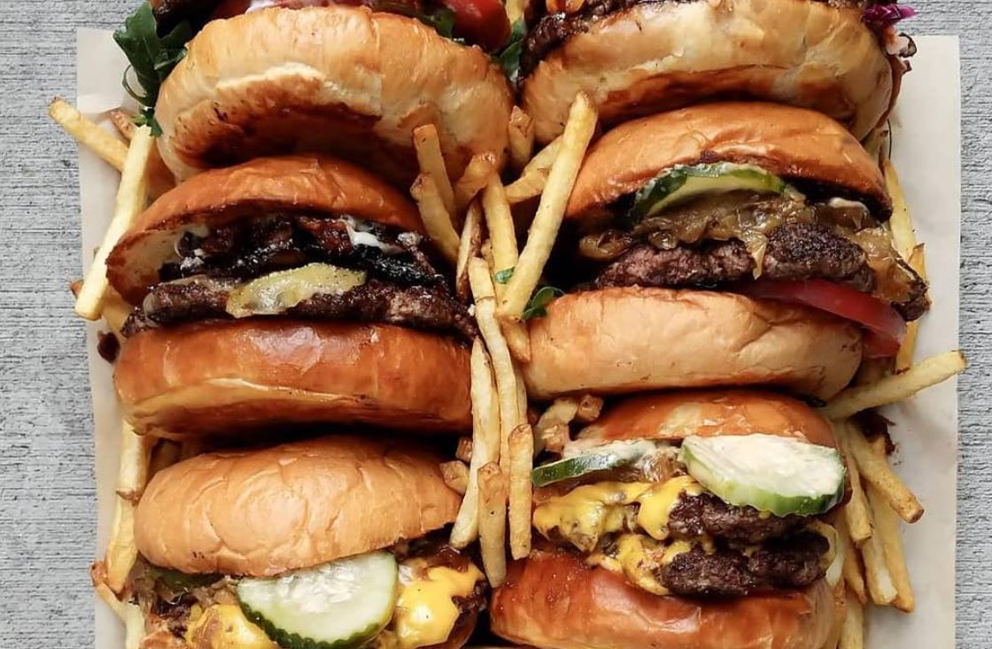 April 7   GRAZE Burgers Grand Opens in DTSA 4th Street Market - FREE BURGERS