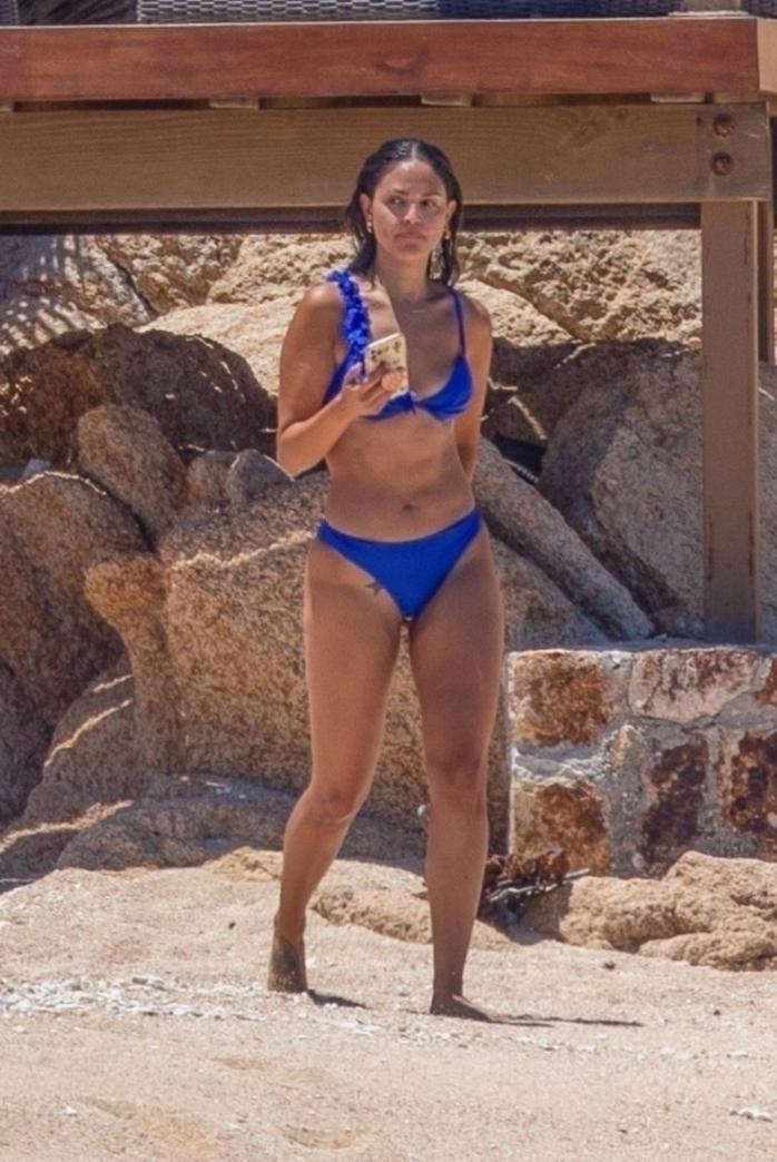 Eiza Gonzalez Latest Hot Photos