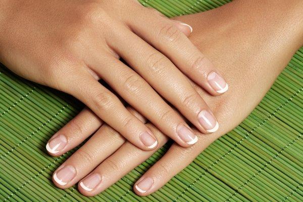 healthy nails tips