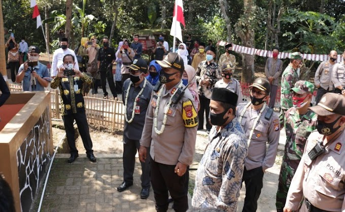 Kapolres Pandeglang Resmikan Kampung Tangguh Nusantara