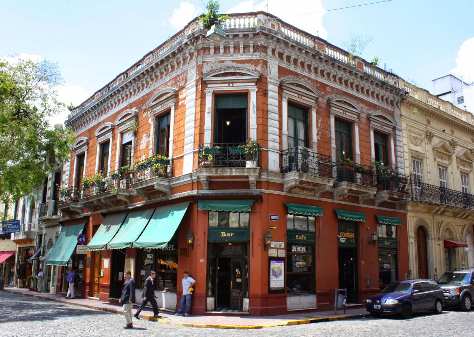 Bar Plaza Dorrego Buenos Aires