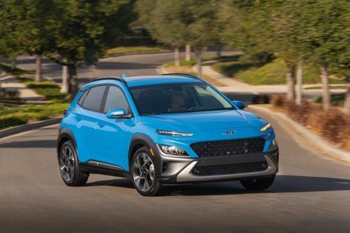 Hyundai Reveals Redesigned 2022 Kona and Kona Electric SUVs