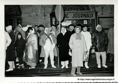 Curistes au Mont-Dore ou à la Bourboule, Auvergne.