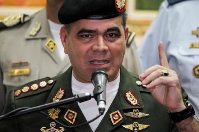 Vladimir Padrino López pide que dejen de convocarlo a dar un golpe de Estado