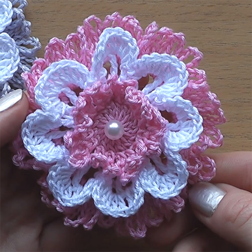 Beautiful Crochet Flower - Very Easy Tutorial