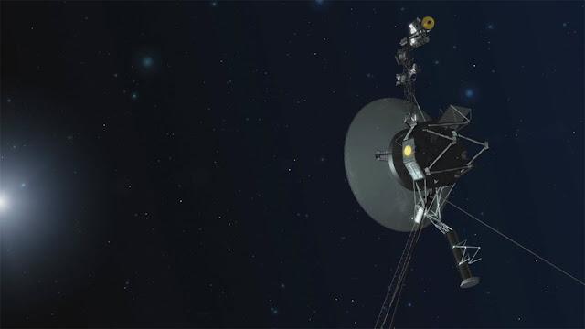 Ilustração artística da sonda Voyager 1