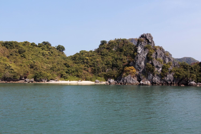 Playa de la Bahía de Halong