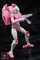 Transformers Kingdom Arcee 31