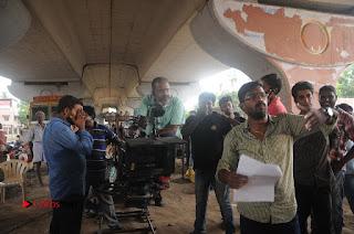 Enakku Vaaitha Adimaigal Tamil Movie Working Stills  0018.JPG
