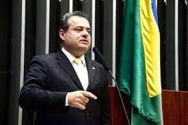 Danilo retoma mandato e nega renúncia