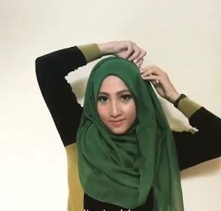 Tips berhijab untuk wajah lonjong