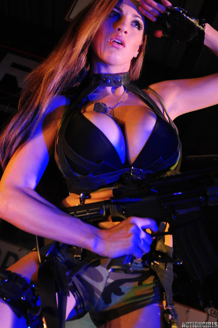 Jordan-Carver-Action-Girl-Photoshoot-Hot-and-Sexy-Pic-56