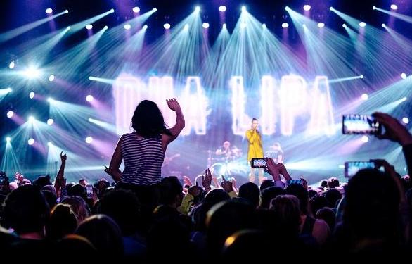 Menonton Konser di Luar Negeri, Wajib Lakukan Hal Ini