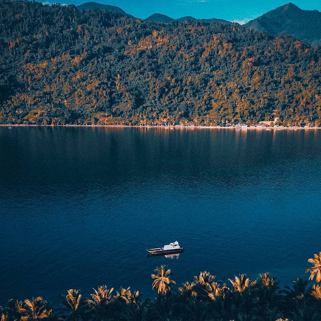 diyonumo island gorontalo indonesia