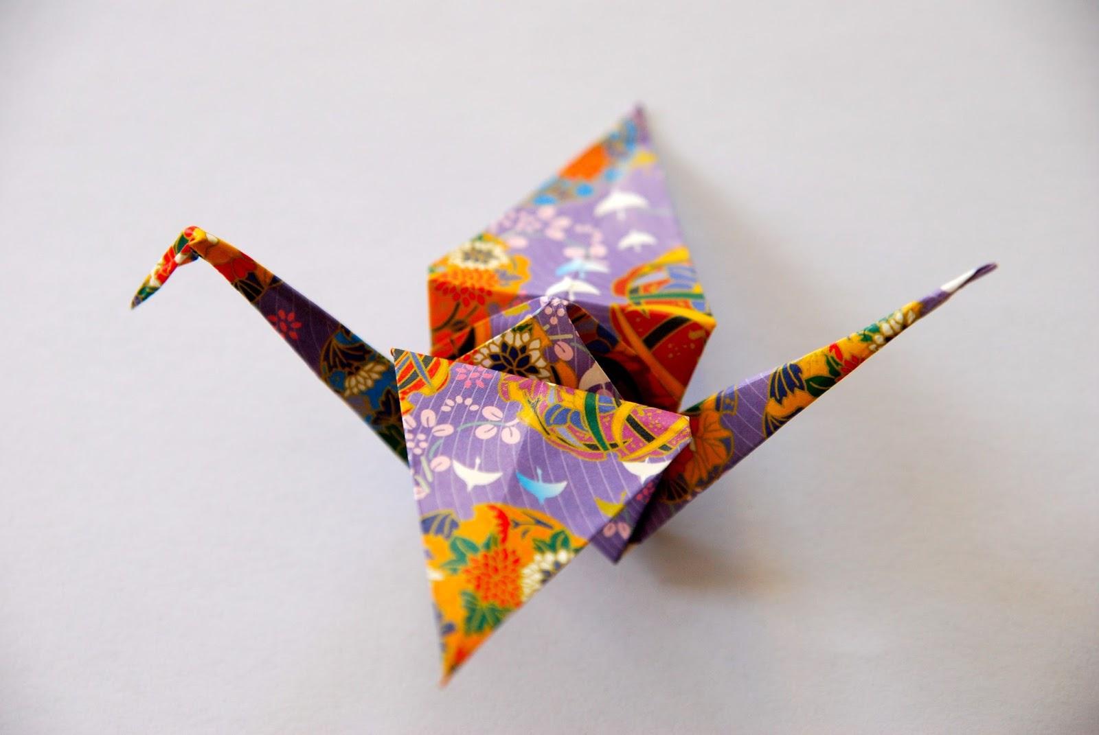 Origami - 1000 Papier Kraniche für Sadako