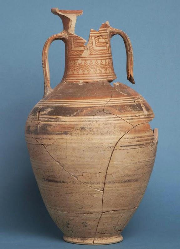 Εξαιρετικά  ευρήματα από  τάφο «Γεωμετρικής » εποχής που βρέθηκε το 2006 στην Κόρινθο.
