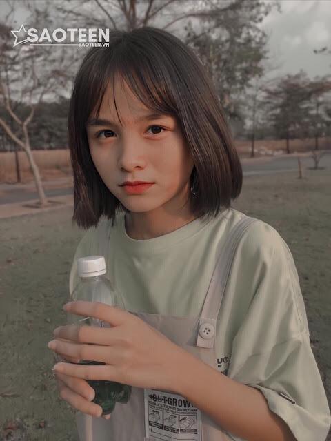 Nguyễn Huyền Minh 2k4 nụ cười tỏa nắng