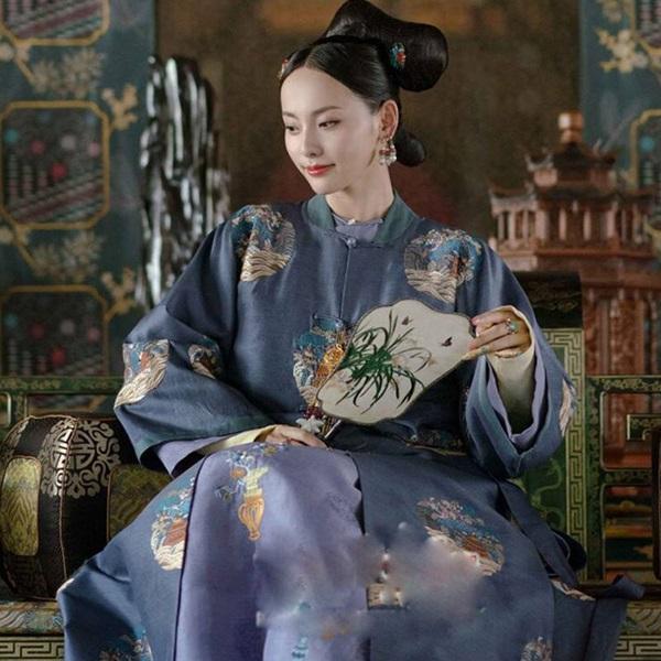 ซุ่นกุ้ยเหริน (Noble Lady Shun: 顺贵人)