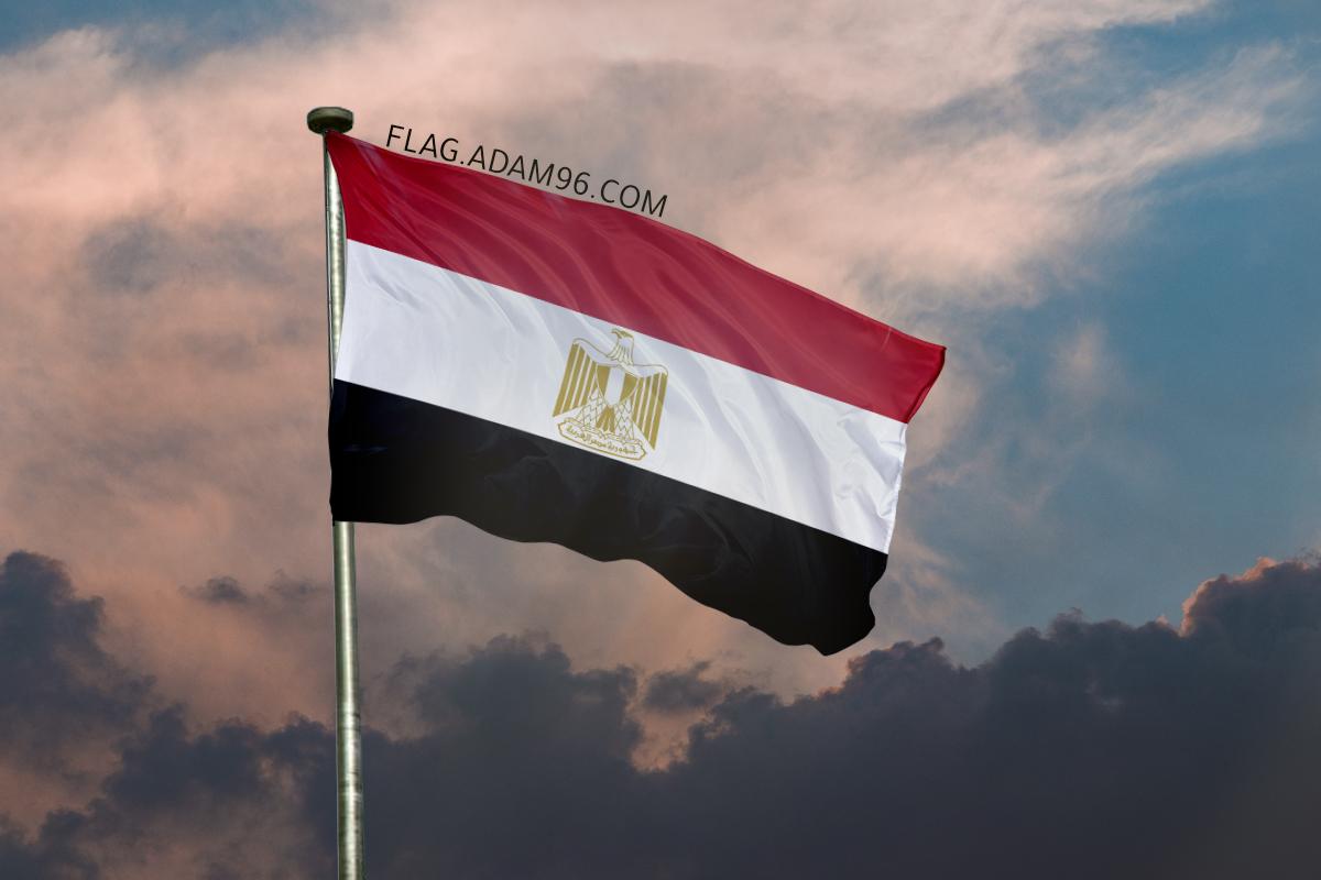 اجمل خلفية علم مصر يرفرف في السماء خلفيات علم مصر 2021
