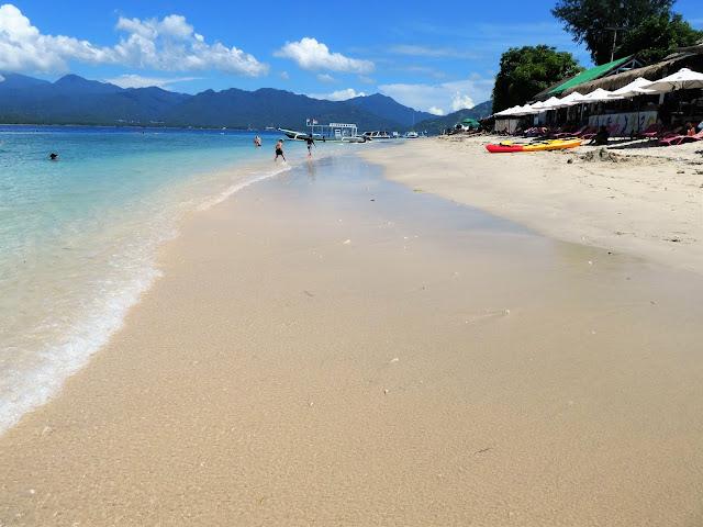 bästa strand för bad på Gili Air