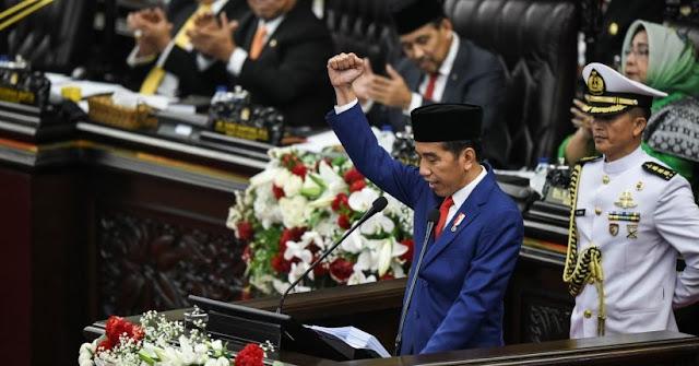 Presiden Jokowi Naikkan Gaji PNS Pada Tahun 2019