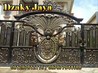 Foto pagar tempa mewah untuk pagar rumah klasik 1