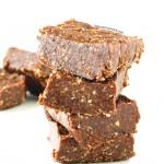 Raw Vegan Brownies | danceofstoves.com #vegan