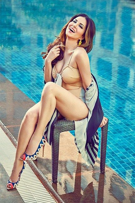 Bollywood Hot Model And Top Actress Sunny Leone Hot And Sexy Pictures Or Photos