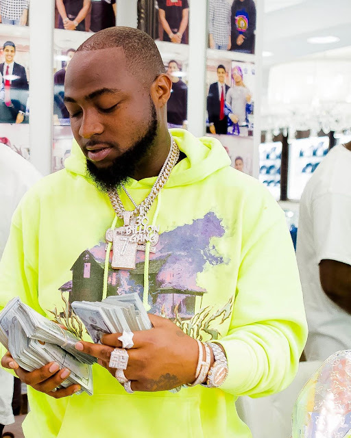 Davido Reveals That His Gate-man Has Two Houses and Three Cars