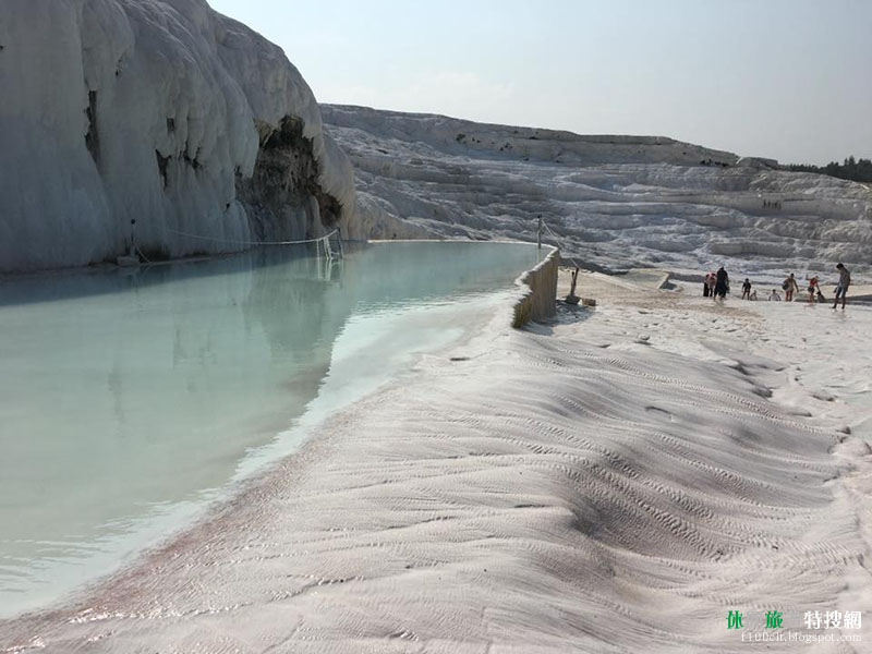 [土耳其/代尼茲利] 浸泡在雪白的世界遺產裡 — 棉花堡 Pamukkale   休閒旅遊特搜網
